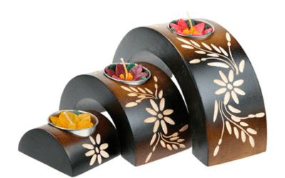 Beautiful Oil Burners & T-Light Holders – coming soon